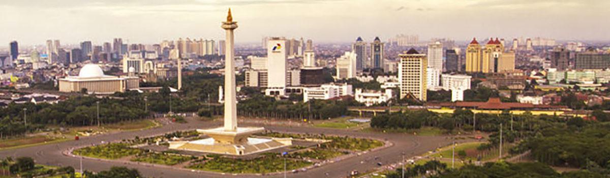 Travel Jakarta: 5 Can't-Miss Landmarks & Religious Centers