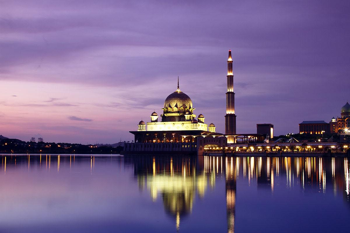 Putrajaya_Islamic art_architecture)