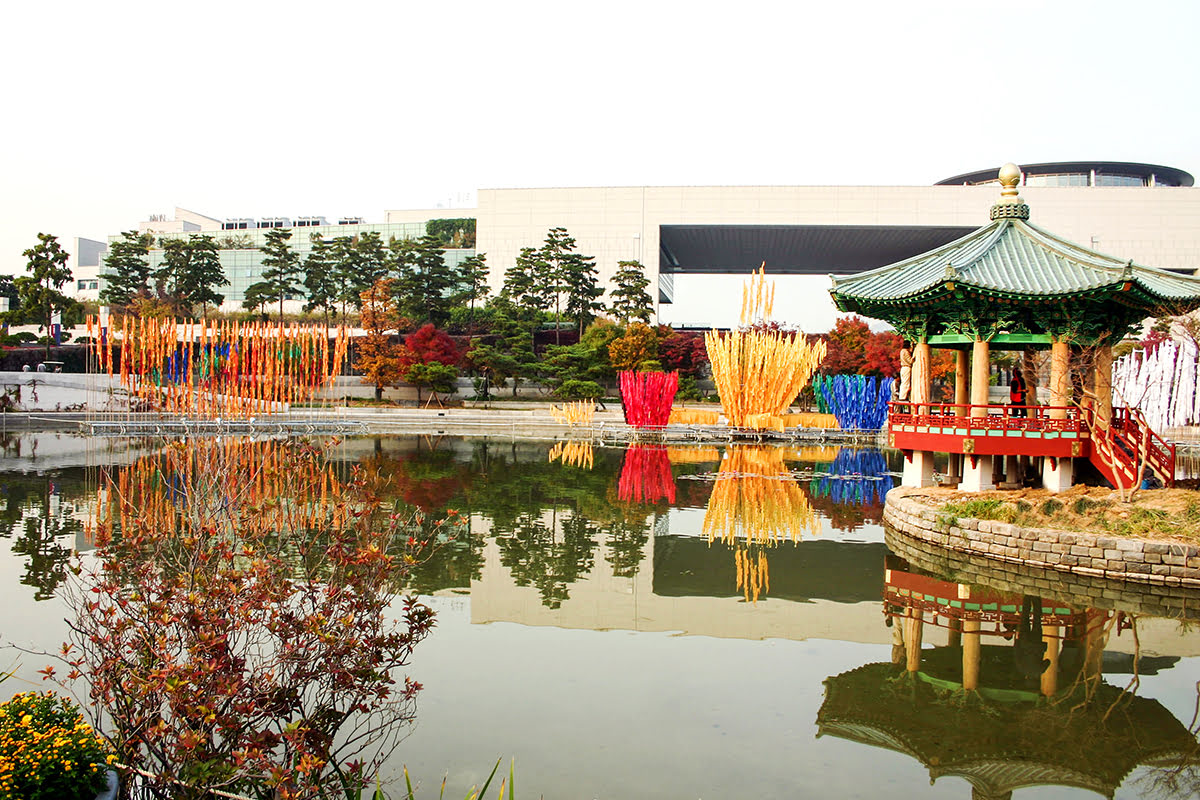 Experience Seoul attractions National Museum of Korea - 5 Places to See On A Tour of South Korea's Capital