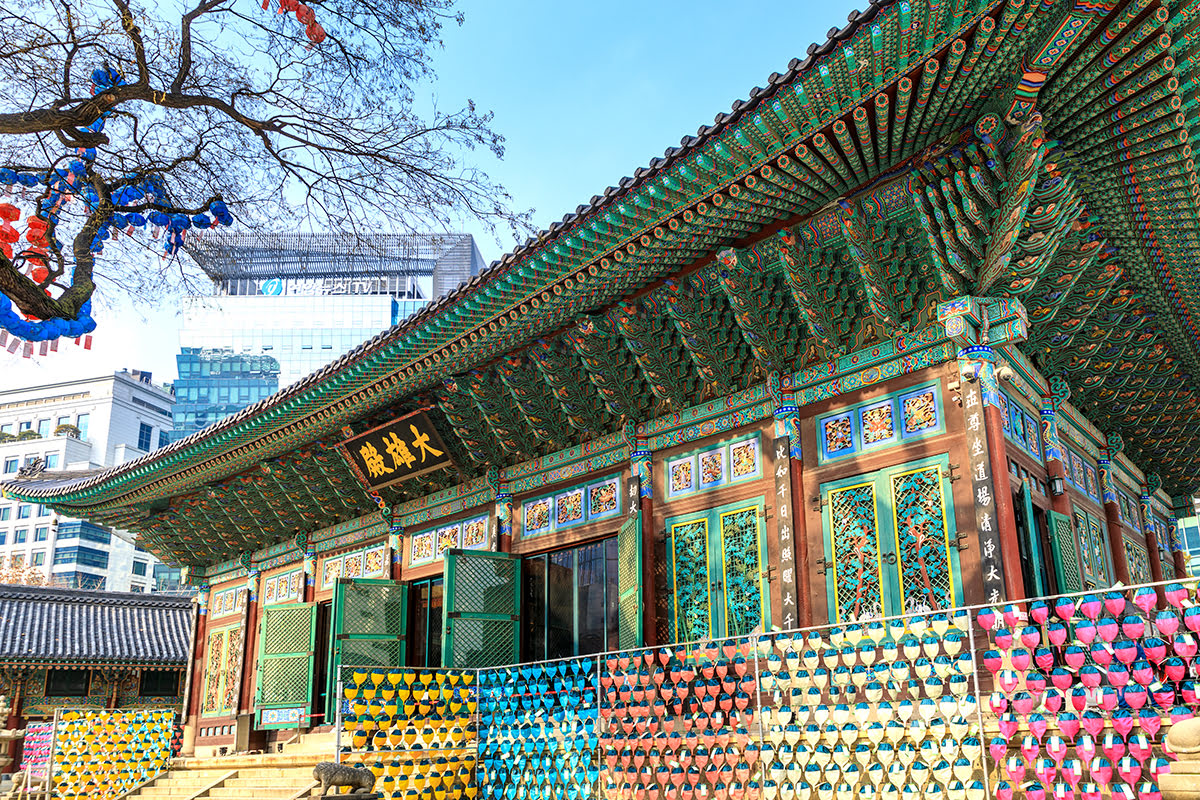 Experience Seoul landmarks Jogyesa Seoul South Korea - 5 Historic Landmarks with Cutting-Edge Surprises