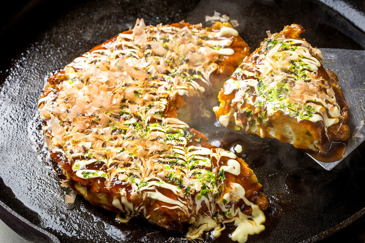 Best restaurants in Osaka_cheap restaurants in Osaka_okonomiyaki_takoyaki