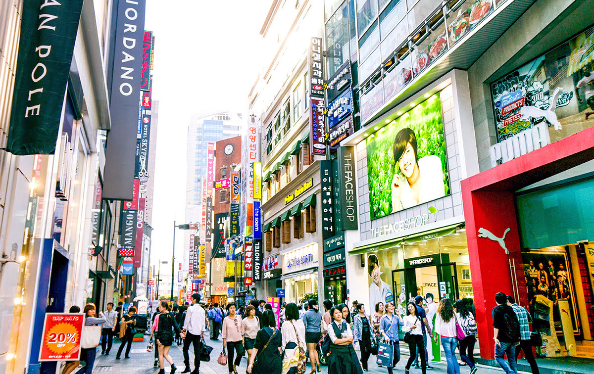 Myeongdong Shopping & Best Things to Do in Seoul