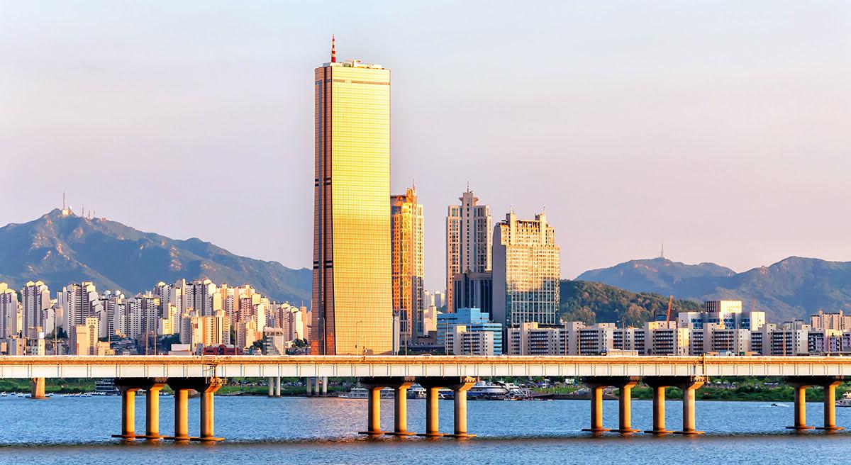 Хан-Ривер-Сеул-Парк Йоыйдо-шопинг