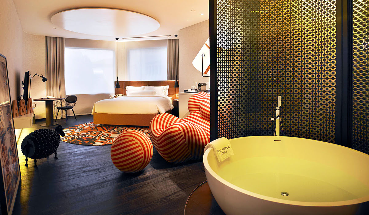 hotels with hot tubs-Naumi Hotel Singapore